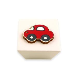 כפתור עץ מרובע קרם+מכונית אדום