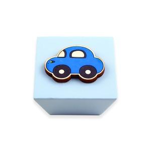 כפתור עץ מרבע תכלת+מכונית כחול