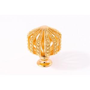 כפתור מעויין קטן זהב