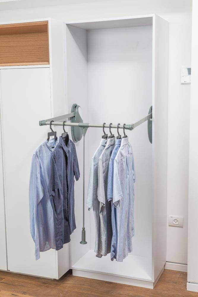 מתקן תלייה בגדים DIXON – מתקן בגדים יורד